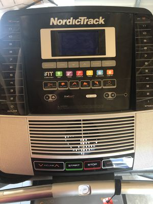 NordicTrack Treadmill for Sale in Saint Charles, MO