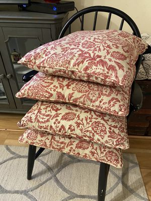 Floral pillows for Sale in Lynnwood, WA