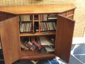 Antique cabinet for Sale in Sandy Springs, GA