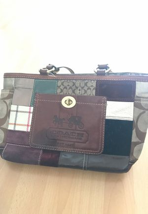 Coach Holiday patch purse for Sale in Santa Monica, CA