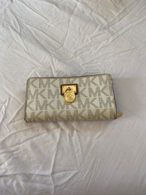 Michael Kors Wallet for Sale in Oakland, CA