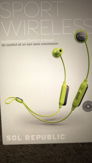Sol republic Bluetooth headphones for Sale in Apache Junction, AZ