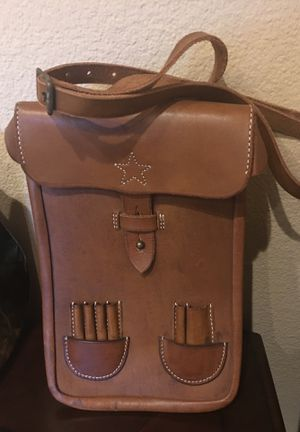 Leather Retro Messenger Bag for Sale in La Costa, CA