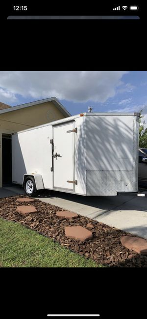 Enclosed trailer 6x15 new tire and everything work for Sale in Kissimmee, FL