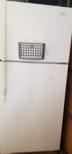 Fridge it works asking $100 for Sale in Knoxville, TN