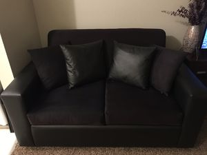 Loveseat for Sale in Atwater, CA