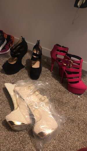 Heels size 8 for Sale in Houston, TX