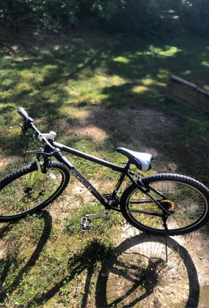 Genesis mountain bike for Sale in Silver Spring, MD
