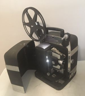 Vintage Bell & Howell Lumina 12 Auto Load Movie Projector WORKS for Sale in Columbus, OH