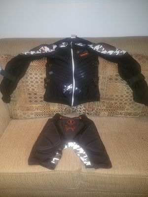 Motorcycle protective gear (small) for Sale in South El Monte, CA