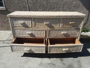 7 drawer dresser for Sale in San Bernardino, CA