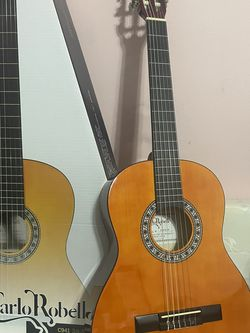 3/4 Size Classical guitar for Sale in Garden Grove,  CA