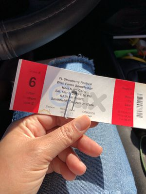 Two strawberry festival tickets plus two concert tickets for Sale in Sebring, FL