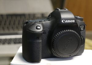 Canon 6D full frame for Sale in Detroit, MI