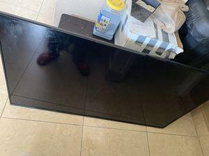 Vizio 60 inch tv for Sale in Miami, FL