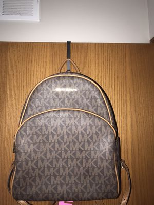 Authentic Michael Kors Leather Backpack for Sale in Plano, IL