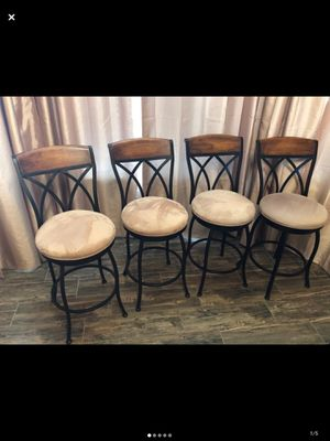Swivel round counter&bar stool (set of 4) for Sale in Fresno, CA