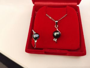 Reduced! Fresh Water Pearl Necklace/Ring 2 piece set for Sale in Portland, OR
