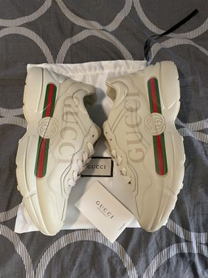 Men's ivory Rhyton Gucci logo leather sneaker brand new 9.5 MSRP $890 for Sale in Lorain, OH