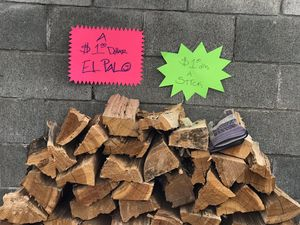 Firewood For Sale $ 1.00 dlls A Stick Tenemos Leña Muy Buena 🔥🔥🔥 .A 1.00 dollar el Palo. for Sale in Chino, CA