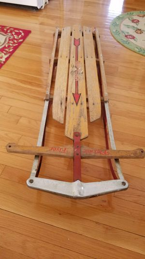 Vintage Flexible Flyer Sled in good condition Made in Medina Ohio for Sale in Worthington, OH