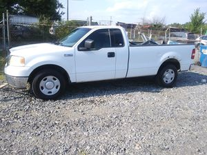 2004 Ford F150 5.4 v8 200k miles rubs and drives!!! for Sale in Marlow Heights, MD