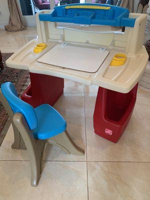 Step2 Deluxe Art Master Kids Desk for Sale in Plantation, FL