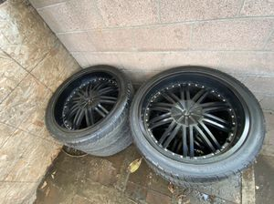 """24"""" Rims, 295/35 R24 tires for 6 bolt Truck for Sale in Lynwood, CA"""