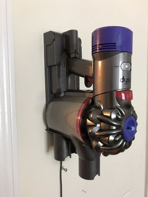 Dyson V6 Animal Vacuum. for Sale in Norfolk, VA