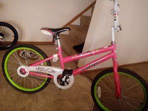 Girl's bike for Sale in Columbus, OH