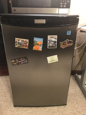 Danby Stainless Steel Mini Fridge for Sale in Puyallup, WA