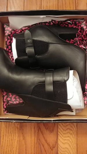 Dollhouse Bootie Size 8 Never Worn for Sale in Accokeek, MD