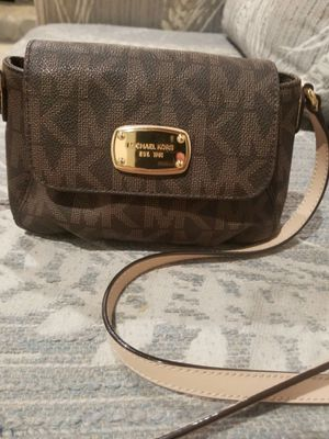 Michael Kors gold brown logo small crossbody purse for Sale in Lincoln Acres, CA