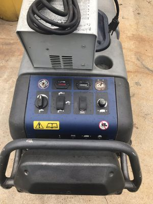 Advance floor scrubber 26'm for Sale in Creve Coeur, MO