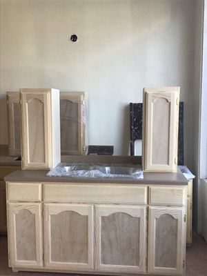 5ft kitchen cabinet countertop & sink for Sale in Los Angeles, CA