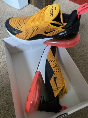 AirMax 270 Sz 10 Men for Sale in Los Angeles, CA