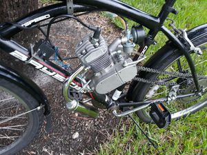 MOTORBICYCLE WITH BRAND NEW 80CC 2 CYCLE MOTOR for Sale in Fort Lauderdale, FL