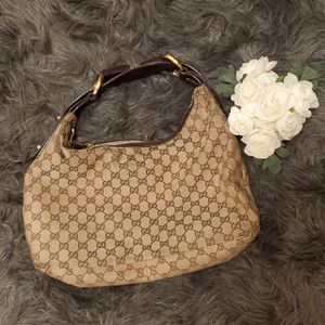 Authenthic Gucci Purse - Used for Sale in Lowell, MA