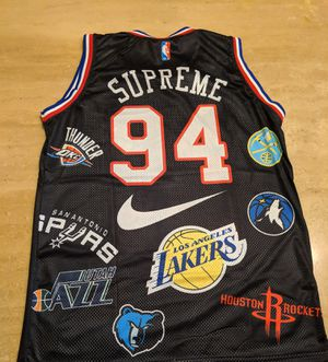 Supreme Jersey for Sale in Farmington Hills, MI