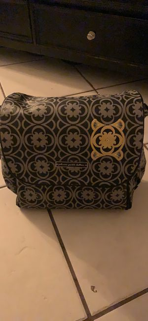 Petunia Pickle Bottom Diaper Bag for Sale in San Antonio, TX