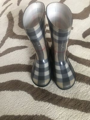 Kids Burberry rain boots size-13 for Sale in Frankfort, IL