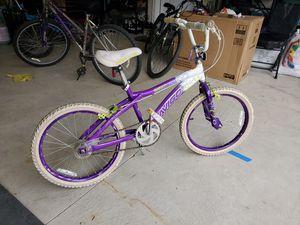 "Avigo 20"" kids bike for girls for Sale in Dearborn, MI"