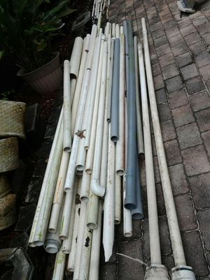 "Pvc pipe lot , 2"" 1.5"" , drain,plumbing, fense, irrigation, lawn, sprinkler, no Lowballers for Sale in Coconut Creek, FL"