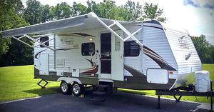 "2010 Rv trailer 28"" for Sale in Miami, FL"