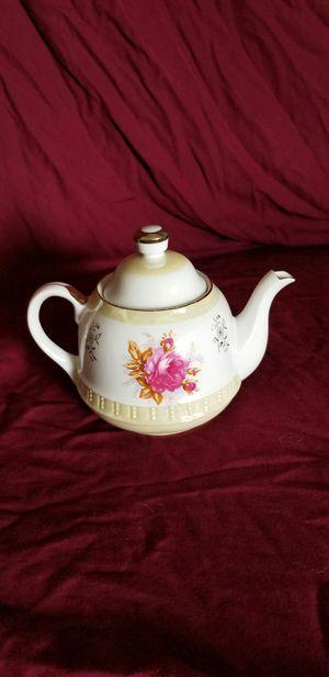 Vintage tea pot for Sale in Fair Oaks, CA