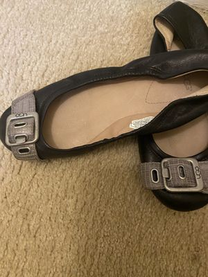 UGG size 7 for Sale in Grosse Pointe Woods, MI