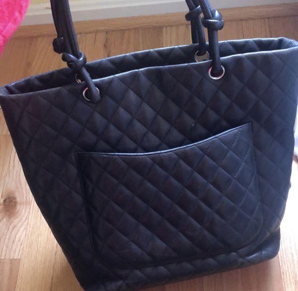 CHANEL tote authentic