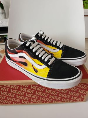 VANS OLL SKOOL Shoes flame size men 9 women 10.5 (only pick up in Hollywood ) for Sale in Hollywood, FL