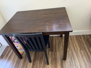 Carolina play table for Sale in Austin, TX