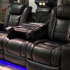 Reclining Sofa (Modern Home Furniture ) for Sale in Everett,, WA